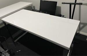 Contour Loop Leg Desk