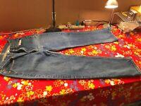 Men's LEVI's Original 501 Straight Leg Button-Fly Blue Jeans Size 34 X 33 PR7