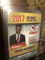 2017🔥PATRICK MAHOMES🔥ROOKIE CARD NFL GOLD PLATINUM LIMITED EDITION 1/2000