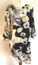 Papaya Weekend Black Pastel Smudge Floral Knee Length 3/4 Sleeved Dress Size 14