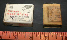 lot of 2 Vintage mustad 9261 no14 3399 no 10 boxes fly tying streamer