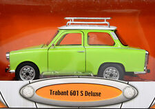 Trabant 601 S Deluxe Maßstab 1:24 hellgrün von Road Signature