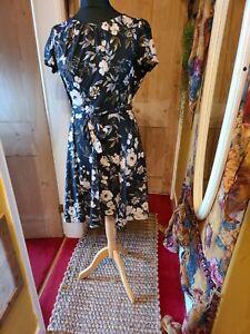 Billie and blossom dress size 16