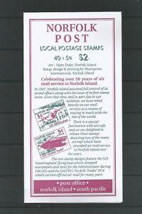 Norfolk Island 1999 Aircraft Booklet (Local Post) SG 690/1 UMM