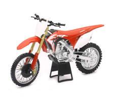 Honda 2018 CRF450R 1:12 Scale Motorcross Bike Motorcycle Model by New Ray 57873