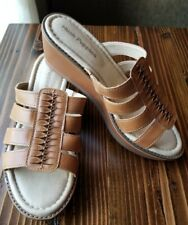 Hush Puppies Roux Slide Sandals Size 7.5 NWOT Never Worn Color Tan
