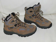Vasque size 4 youth hiking boots
