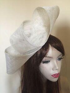 NEW Ivory Cream Fascinator Formal Ladies Hat Wedding Loops Ascot Hatinator Races