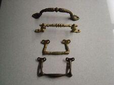 Griffe & Stangen aus Bronze für die Küche