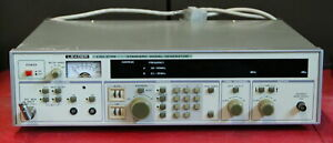 Leader LSG-215A Standard Signal Generator