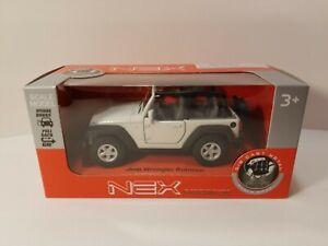 1//39 Scale 2015 Jeep Wrangler Rubicon Diecast Model JK Open Top 4x4 Welly 42371
