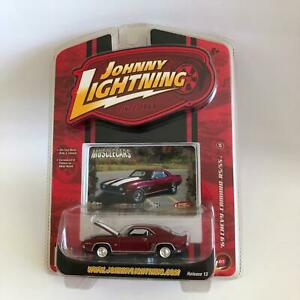 Johnny Lightning Muscle Cars '69 Chevy Camaro RS/SS Release 13 S6