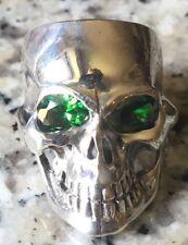 Rebel Ojos Verdes Cráneo Anillo .925 Plata Metal Pesado Biker Gótico feeanddave