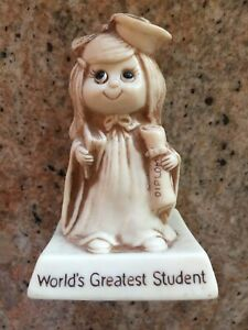 VINTAGE R&W BERRIES 1976 WORLD'S GREATEST STUDENT STATUE