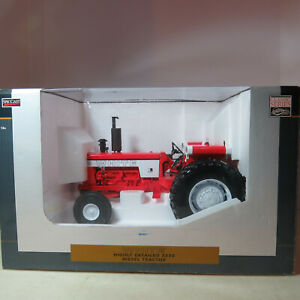 SpecCast White 2270 Diesel Tractor Highly Detailed  1/16 WH-SCT401-B