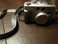 Canon Power Shot G2 4.0MP Digital Camera. (Untested)No Charger. A