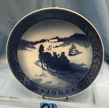 Royal Copenhagen Annual Christmas Plate 1964 Fetching The Christmas Tree Q1