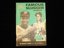 1967 Louisville Slugger 'Famous Slugger Yearbook' Frank Robinson Cover VG-EX