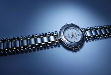 SAMSUNG LADIES WATCH - RARE FIND - BEAUTIFUL RUGGED TRI-METTALIC BAND - SPORTY