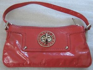 MARC BY MARC JACOBS DISTRESSED PATENT LEATHER RED / PINK BAG TURNLOCK ZIP TOP