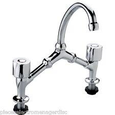 Robinet mélangeur lavabo / évier 2 trous tête à clapet entraxe 150/240 mm
