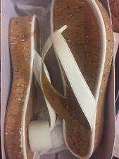 Nine West Goldfish 3 Blanco Pluma Tacones Zapatos US10 M Nuevo en Caja