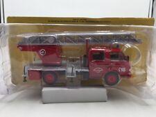 camions  véhicules sapeurs pompiers l'échelle pivotante  n87 1/43 neuf