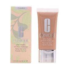 Clinique maquillaje Stay Matte Oil 11