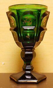 Biedermeier Fußbecher, grünes Glas, Golddekor, Böhmen, 2. Hälfte 19. Jh.