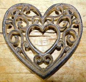 Cast Iron Antique Style VICTORIAN HEART Hot Plate Home Kitchen Decor TRIVET