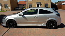 Vauxhall Astra H Side Skirts