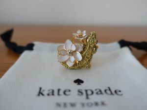 KATE SPADE NEW YORK SWAMPED PAVE ALLIGATOR RING IN MULTI COLOR. SIZE 7. NEW