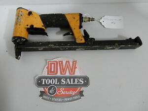 Bostitch TU216-71ALM Upholestry Stapler 71 Series Long Magazine Auto Fire (USED)