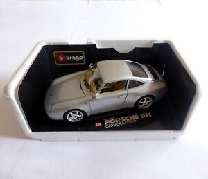 Burago 1:18 PORSCHE CARRERA 911 (1993) silver