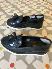 ladies Dune leather shoes size 4 used