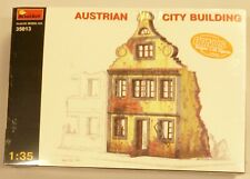 Mini Art 1/35 Austrian City Building Ruins WWII With 4 US Army Figures Model Kit