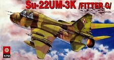 SUKHOI Su 22 UM-3K FITTER G (POLISH AF MARKINGS) 1/72 PLASTYK