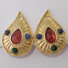 VINTAGE TRIFARI GOLD TONE RUBY SAPPHIRE EMERALD RHINESTONE MOGUL CLIP EARRINGS