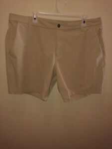 Lululemon Men's Commission Shorts 9'' Size 38 Tan