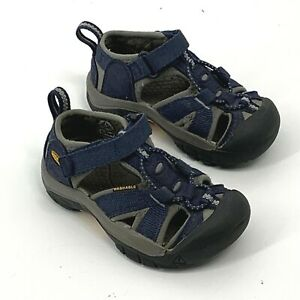 KEEN Water Beach Shoes Sandals Blue Baby Infant Toddlers Size 8 Closed Toe