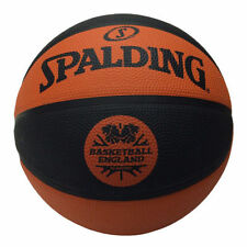 Équipements de basketball orange Spalding