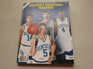 The Cats' Pause Kentucky Basketball Yearbook ~ 1993 -1994, Volume 14