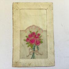 CPA Brodée - Bouquet de fleurs roses