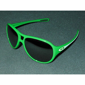 New Oakley Twentysix,2 Sunglasses Money/Black Iridium 26 Twenty Six Green Italy
