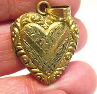 GOLD FILLED HEART LOCKET DATED 1942 ON BACK MILITARY PIC INSIDE 18 MM 4.4 GRAMS