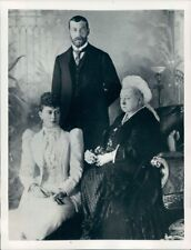 1953 Press Photo Queen Victoria of Britain With King George V Queen Mary n 1893