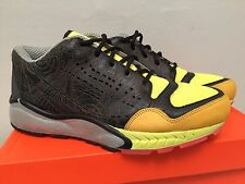 NIB NIKE TALARIA BOOTS MEN SZ 9.5 BLK VOLTAGE YELLOW LAVA acg safari escape