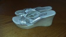 Onex Women's  Gold Wedges Heels  Size 39/8.5