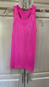 NIKE FIT DRY Sleeveless Athletic Top Size XSmall