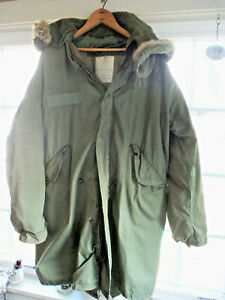 Vintage Army Fishtail Parka W/ Two Liners, Fur Trim Hood - Size S -Chest 33 - 37